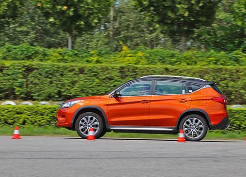 比亚迪宋EV300性能测试 综合表现良好